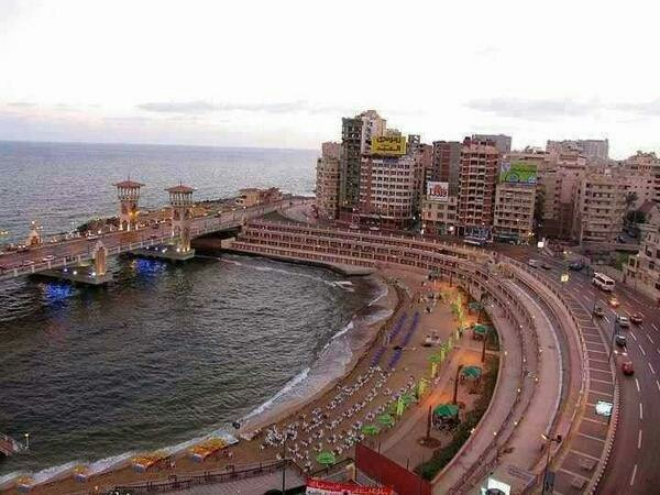Stanley Beach, #Alexandria #Egypt https://t.co/DqdtynL3M9