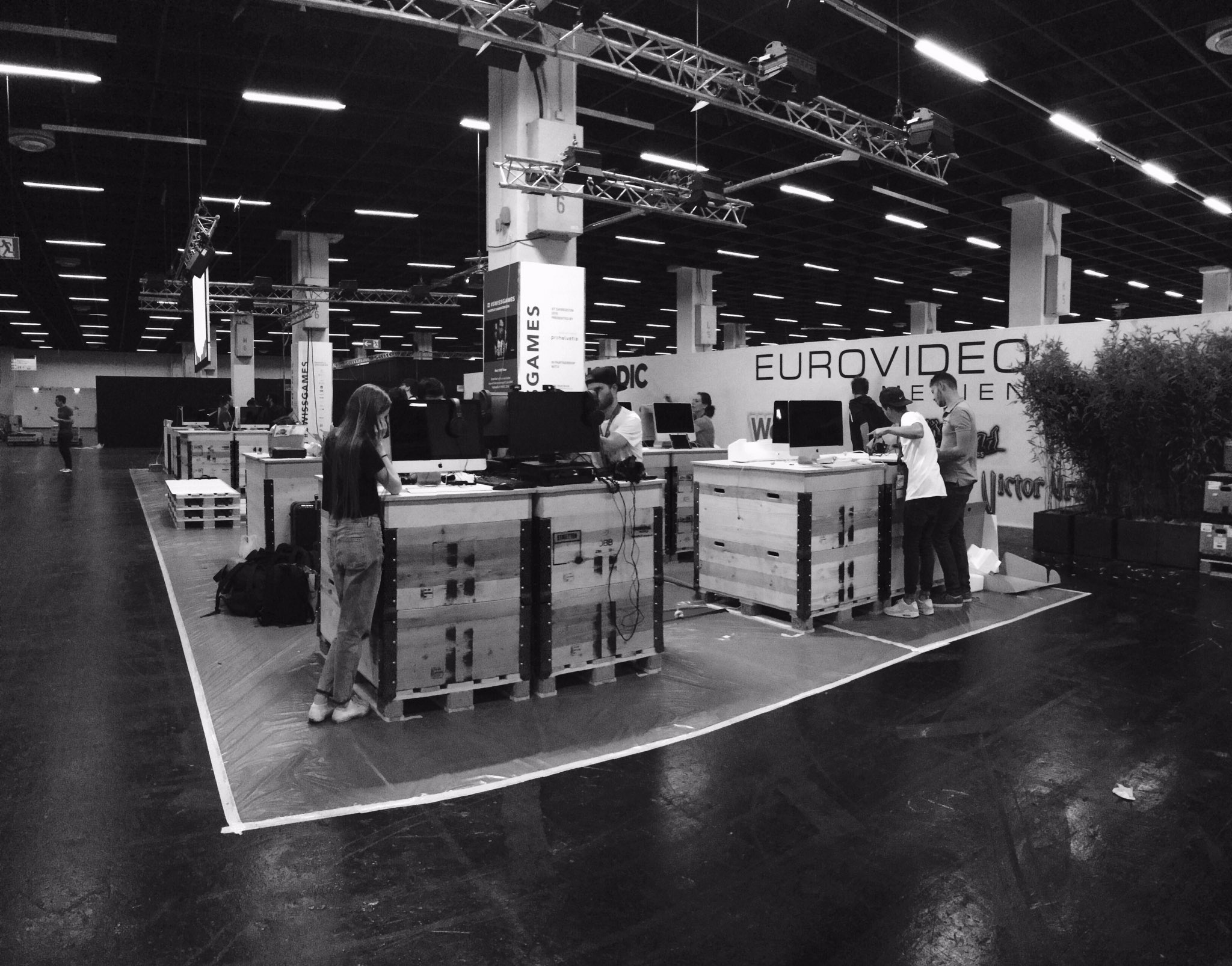 Our #swissgames booth @gamescom. Work in progress. #zhdk #gamescom2016 #gamedev #minimalism #greyscale https://t.co/HOKsokOqy5