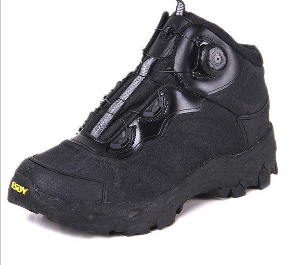 кроссовки из натуральной кожи мужские где выбрать в москве недорого