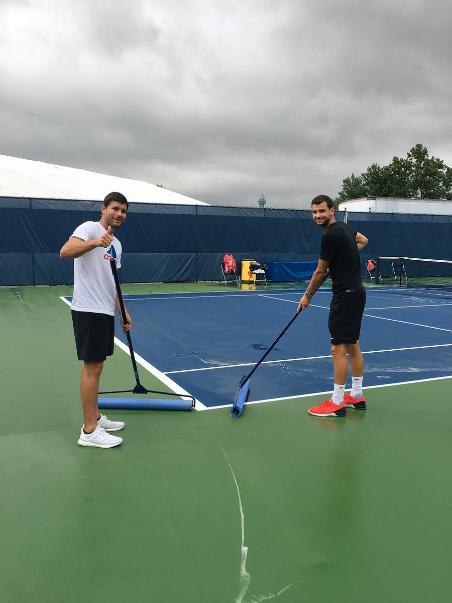 ⛈ @CincyTennis @GrigorDimitrov https://t.co/9OONyT0ebG