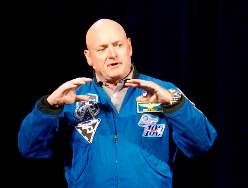 Inspiring stuff from Scott Kelly -- aka @StationCDRKelly -- at #ASAE16. https://t.co/RTzH20LoyI