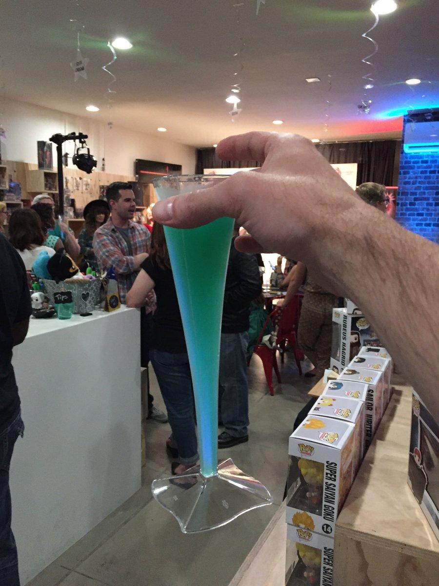 At the @nerdoutapp party at @ThePerkyNerd https://t.co/OYJHikl5Xj