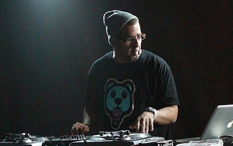 We love you @djofficialdj. You have finished the race. Rest well brother. Rest well... #RIPDJOfficial https://t.co/2m5LTVk24S
