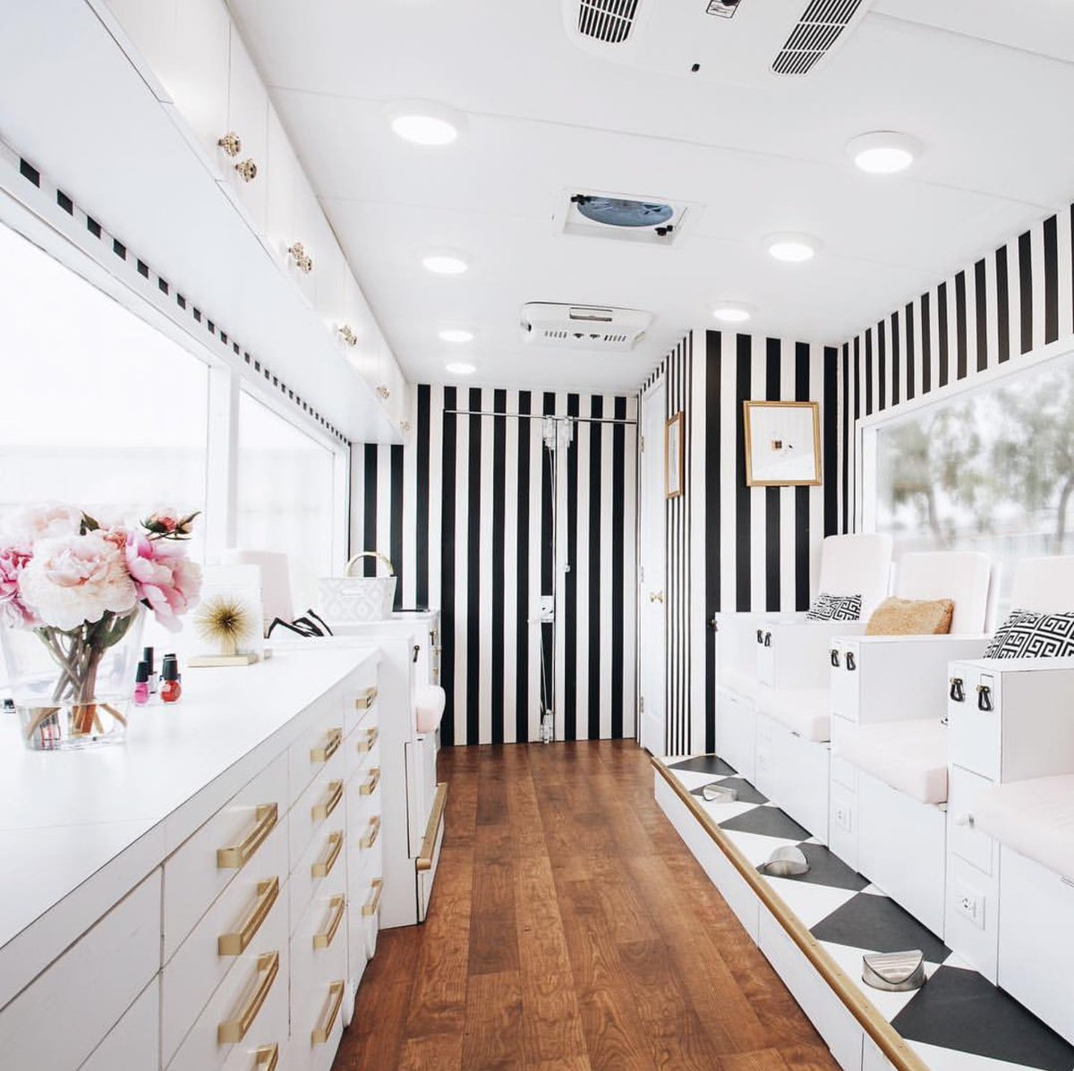 "Nail Salon Los Angeles Ca: Black Owned Business On Twitter: ""Colvon Mobile Nail Salon"