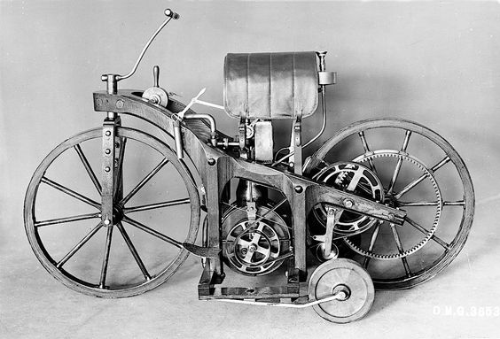 Today In Science History: The first motorcycle was patented by Gottlieb Daimler in Germany in 1885. https://t.co/iJELUIlzbd