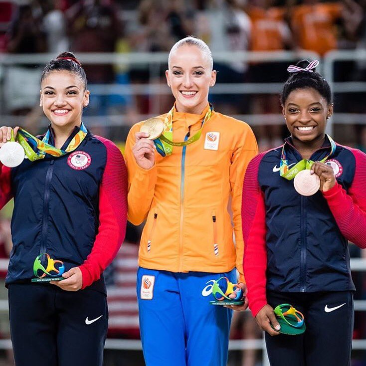 "Carly Patterson On Twitter: ""Congrats @lauriehernandez"