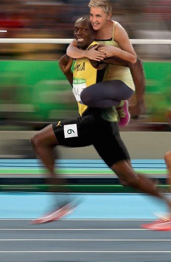 Ellen DeGeneres on Usain Bolt's back picture