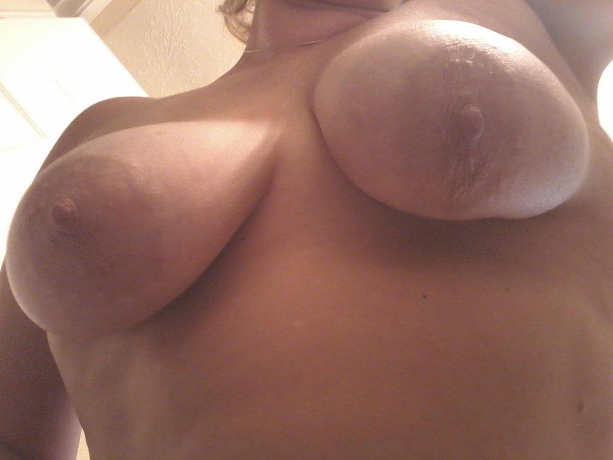Nude Selfie 7580