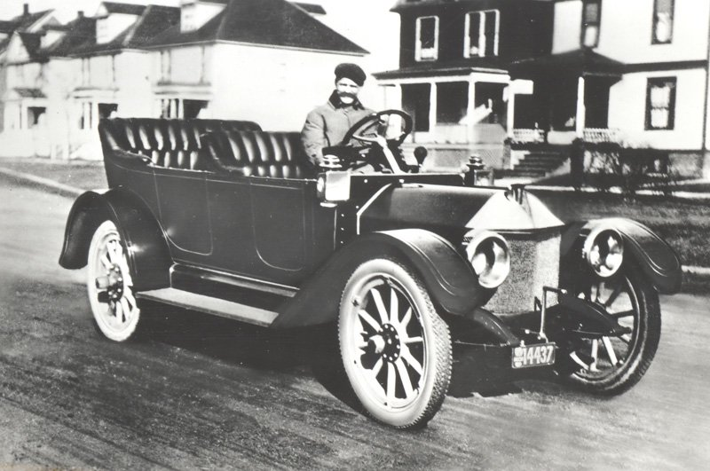 House Of Switzerland On Twitter Louis Chevrolet Was A Swiss Race Car Driver Co Founder Of Chevrolet Motor Car Company In 1911 Thankfulthursday