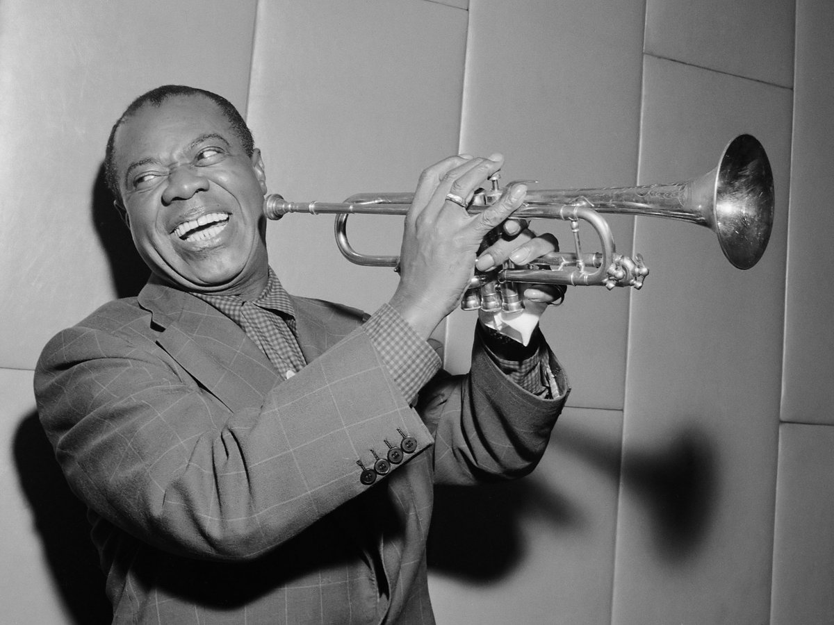 Born on this day in New Orleans, WBGO celebrates the life & music 1 of the BEST: Louis Armstrong, on 88.3FM! https://t.co/Iem3GXoPZ3