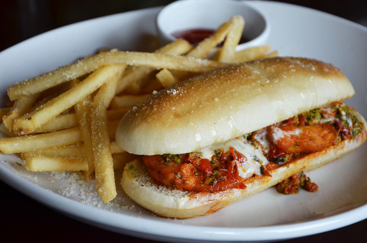 olive garden on twitter prediction this spicy calabrian chicken breadstick sandwich will be on your mind for the next two hours - Olive Garden Breadstick Sandwich