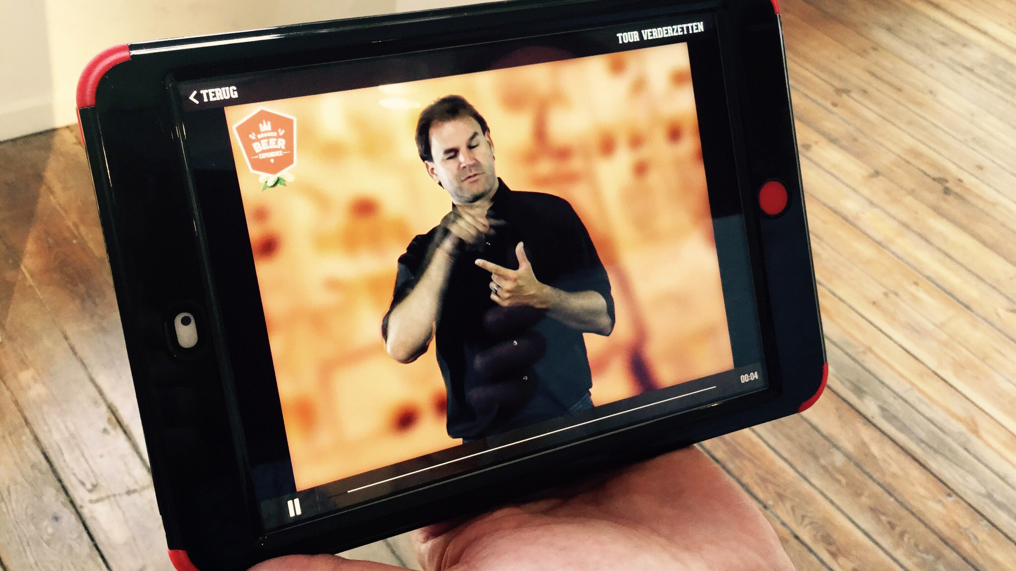 Flemish Sign Language on the interactive iPad tour