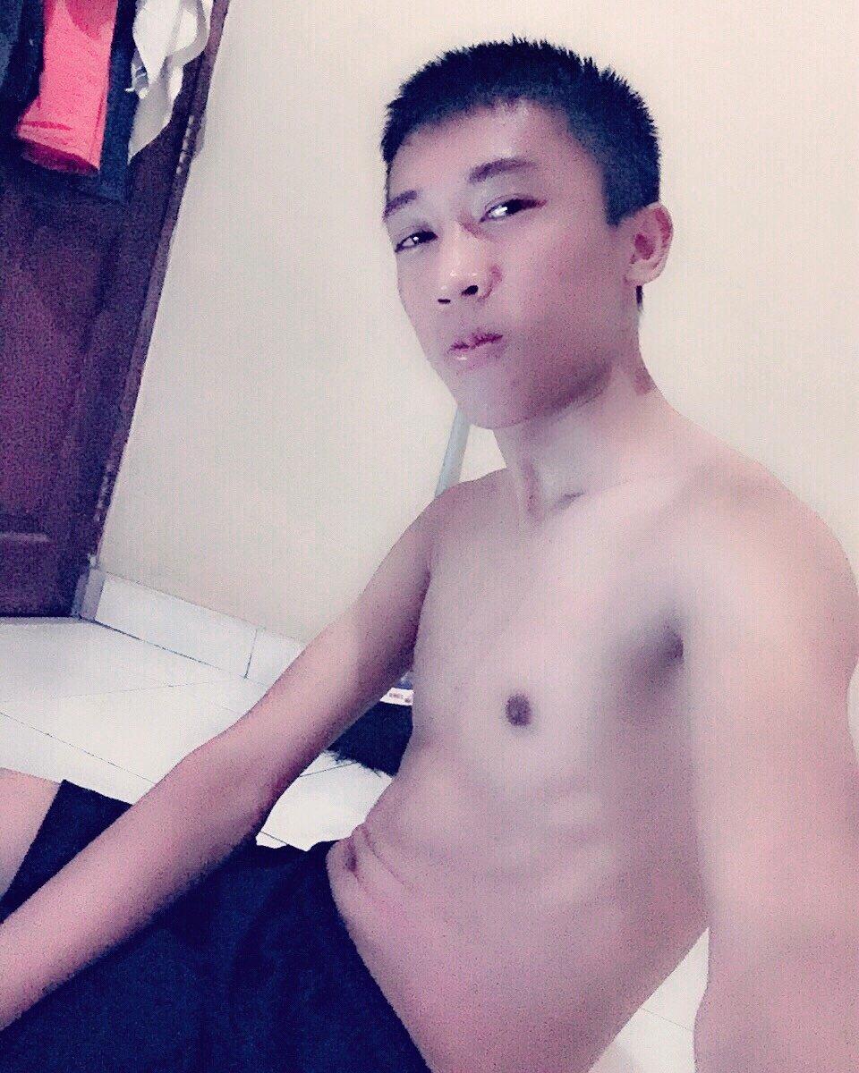 vk.com nude boys #nude #sexy #nipples #gaybali #gay #asiangay #gayboy #boy #sexygay #gayindo  #gayasian #grindr #young #boys #lgbt pic.twitter.com/PlyO3QwoyN