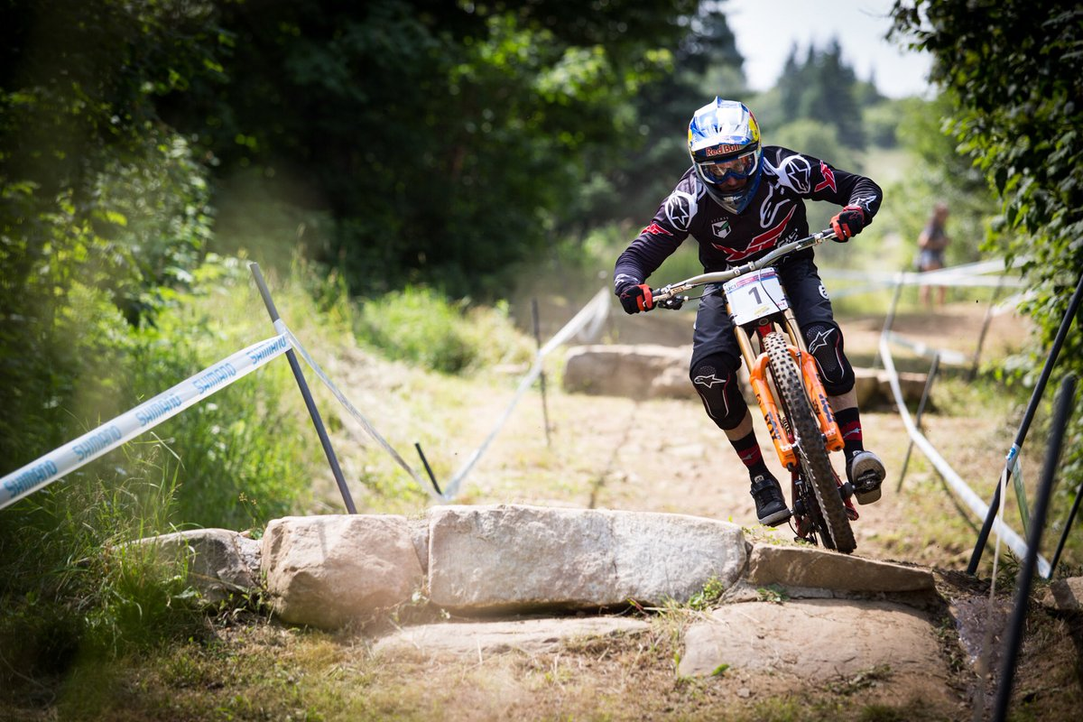 Practice day here in Mont Sainte Anne! Tracks runnin fast and loose! Stoked for qualifying tomorrow