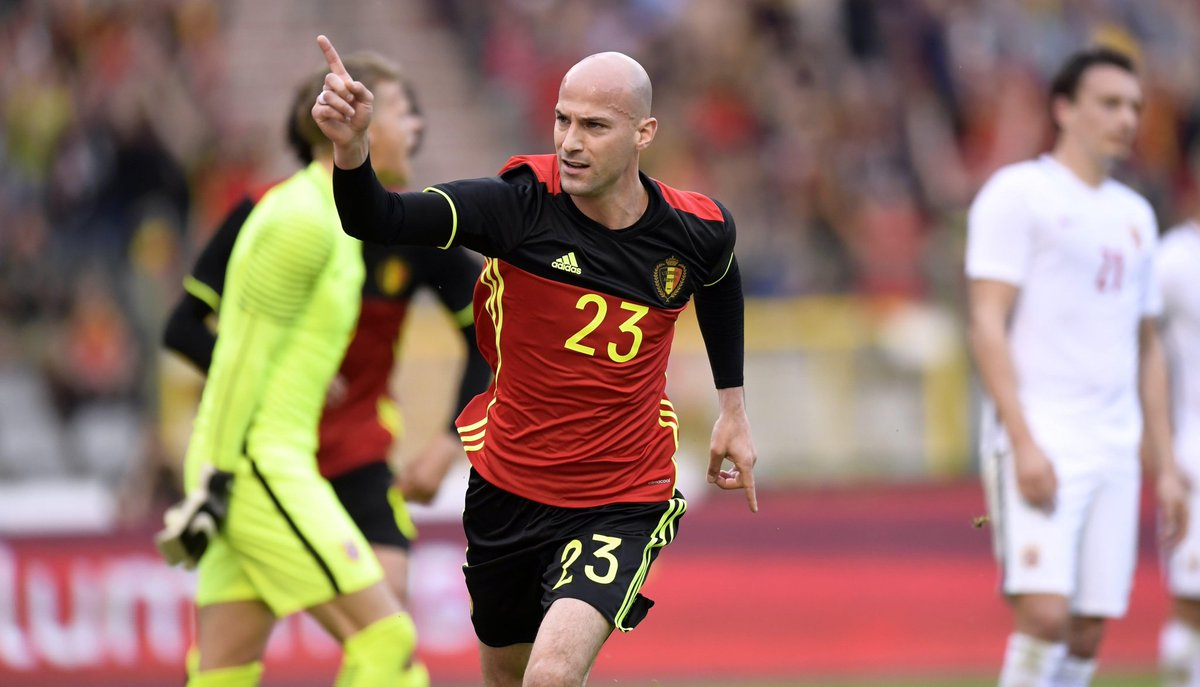 Ciman, en grand professionnel et gentleman, s'est mis au service du groupe : il rentre à présent en Belgique... (vidéo)