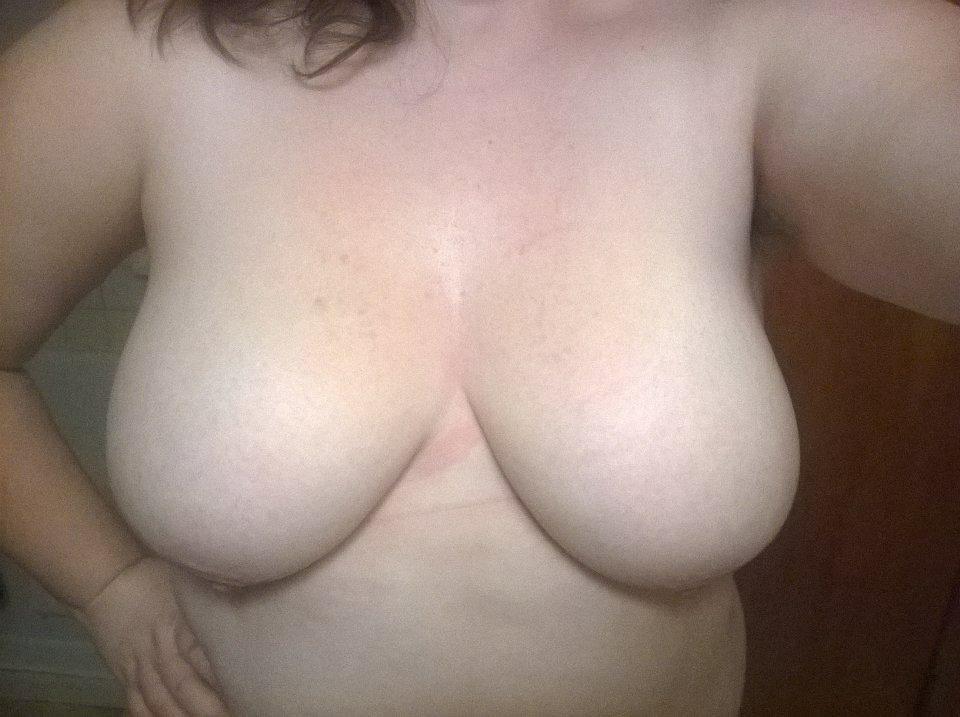Nude Selfie 7600