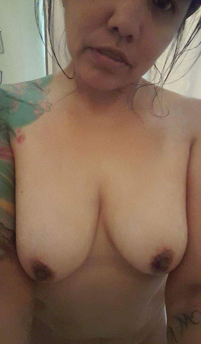 Nude Selfie 7625