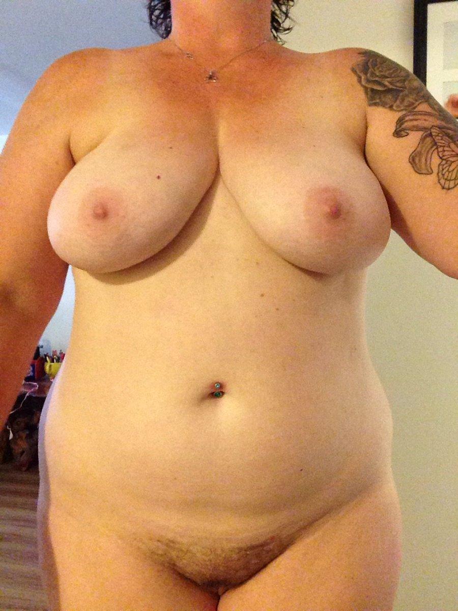 Nude Selfie 7639