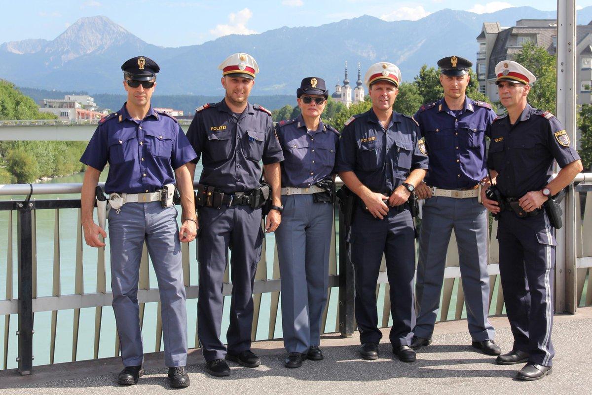 Polizia di stato on twitter in austria pattuglie for Polizia di stato per permesso di soggiorno