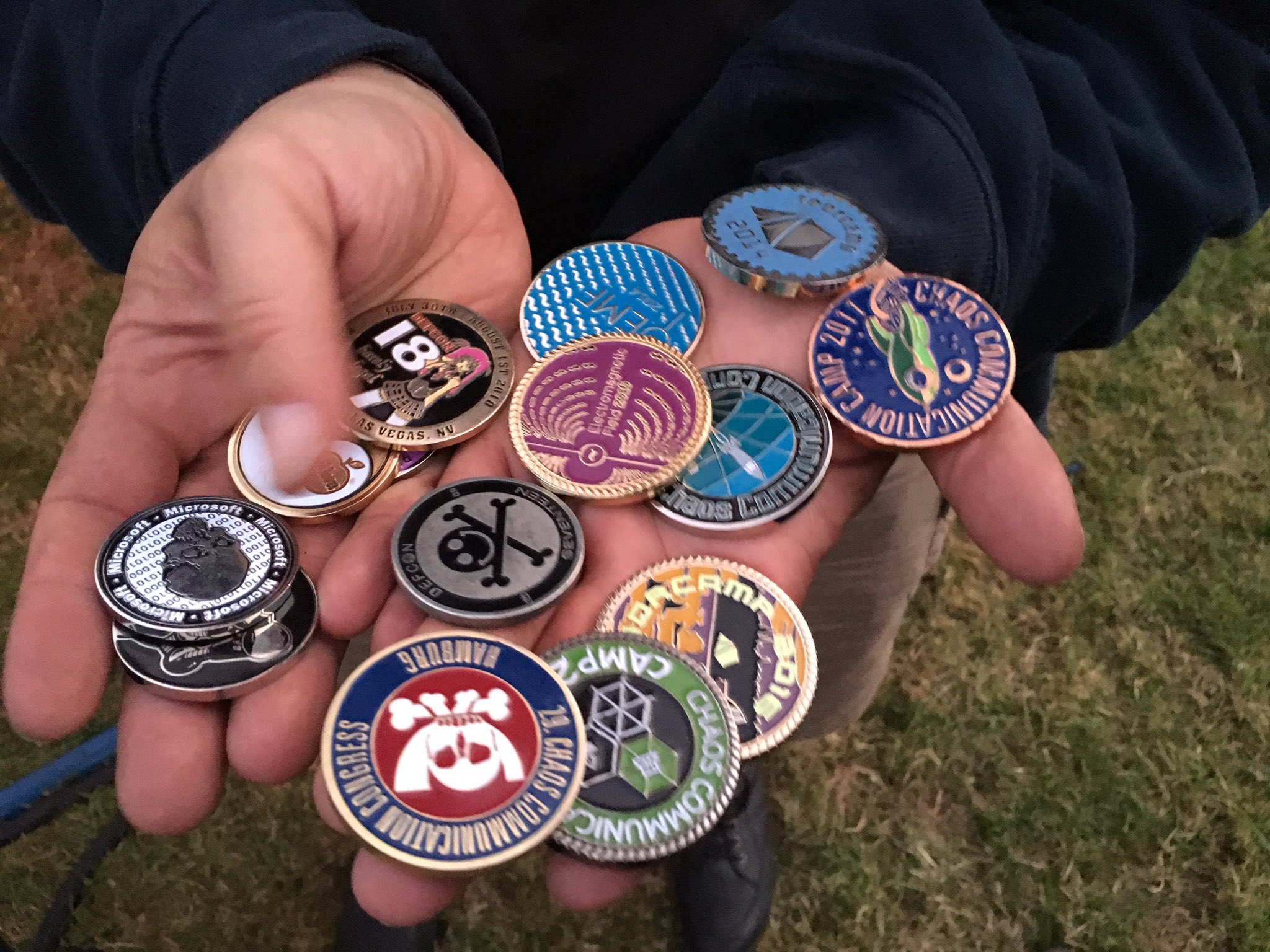 Just got my first ever challenge coin from @mcflyhh happy day! #emfcamp https://t.co/gapLdERtVK