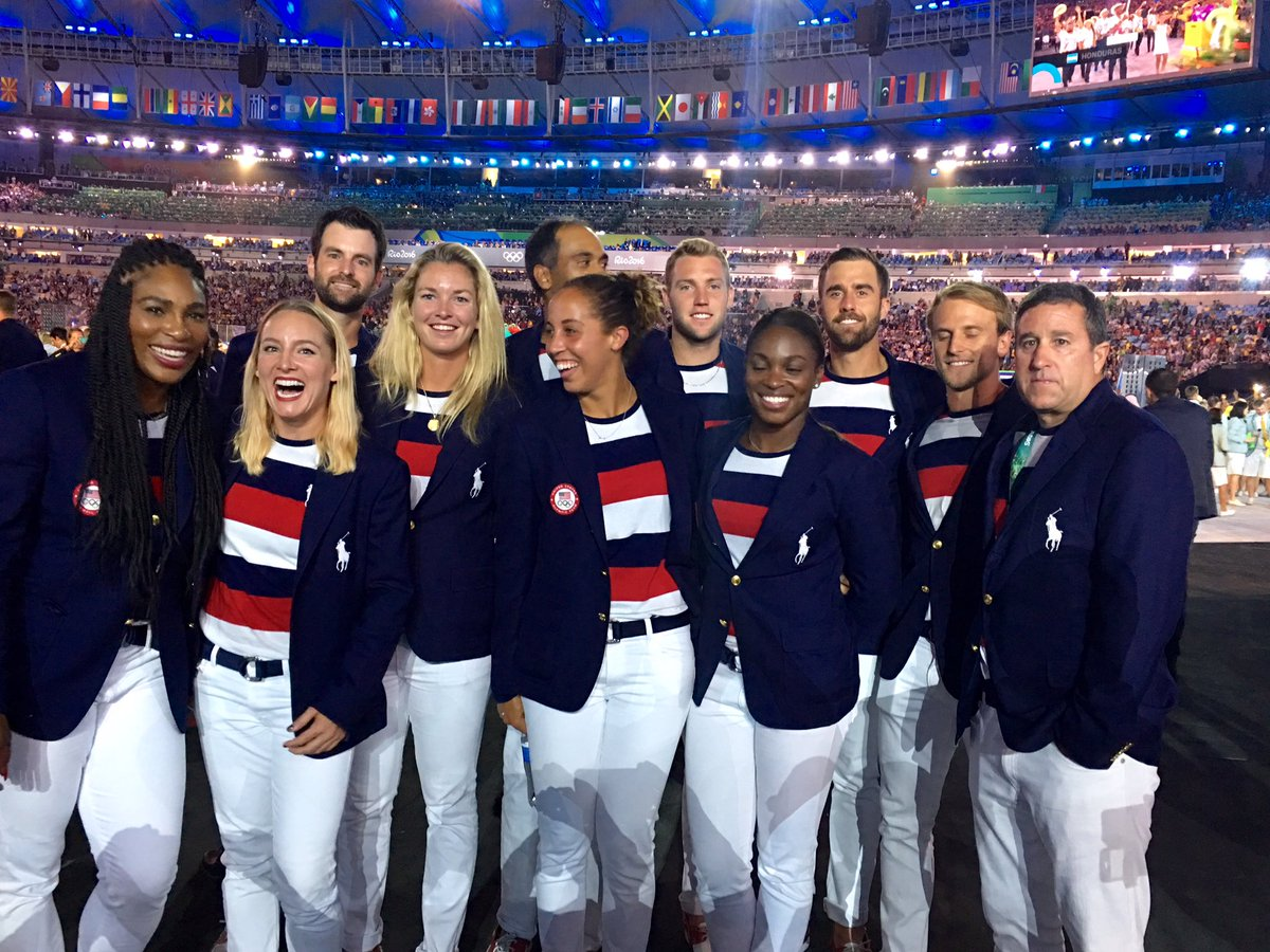 WOW! What a rush!!! Let's go @TeamUSA @serenawilliams @CoCoVandey @Madison_Keys @SloaneStephens #OpeningCeremony https://t.co/hz3YQ81udg