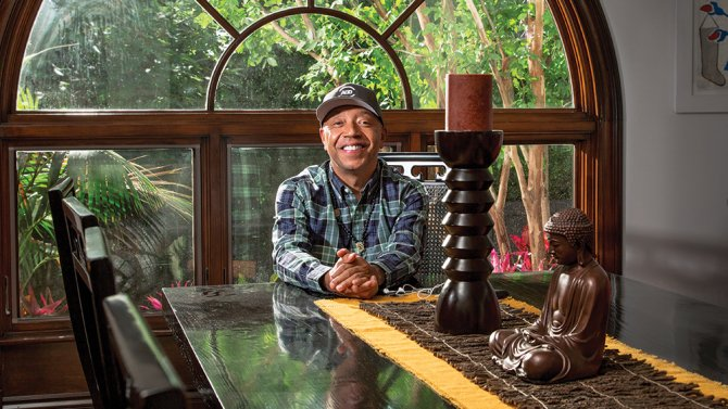 RT @FFEUnyc: Please read about FFEU Chairman @UncleRUSH in @Variety and @YahooNews! https://t.co/kT7IyfdWx3 https://t.co/43sOwEjQXp