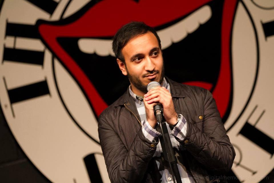 Video: Watch this Muslim comedian (@Zafarcakes) take on the Islamophobic trolls https://t.co/gK8XCYRNaX https://t.co/rJCFWxHuI9