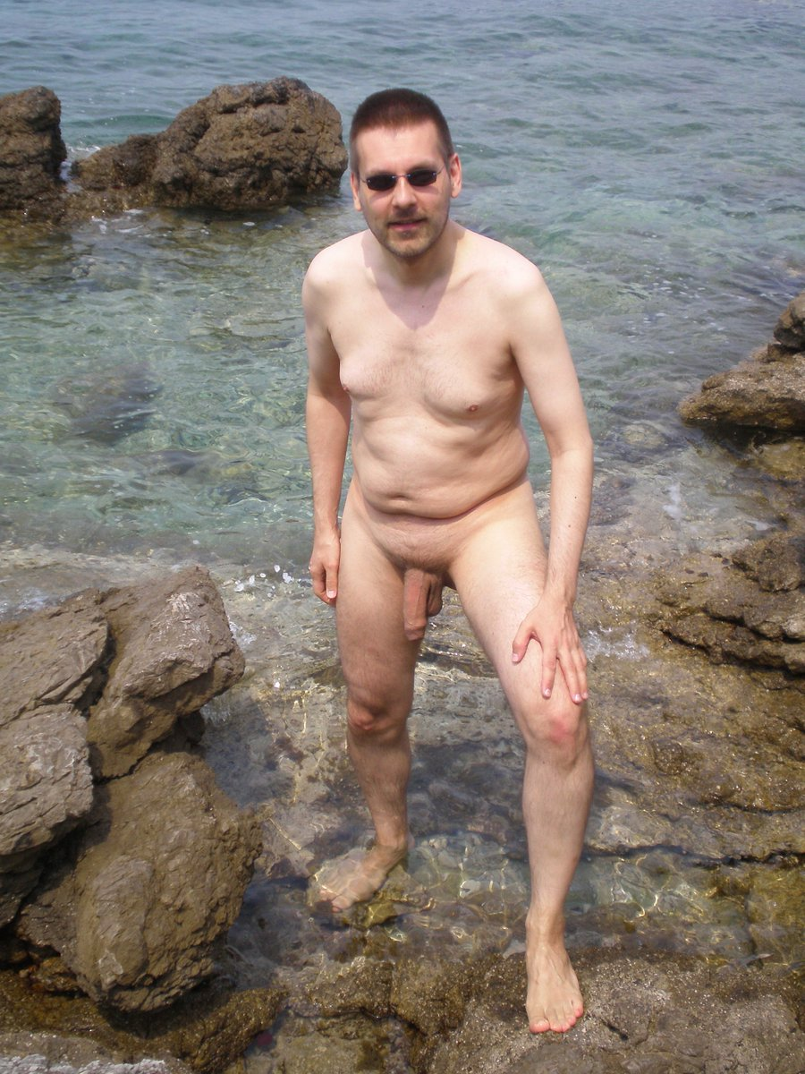 Croatian nudist 2009