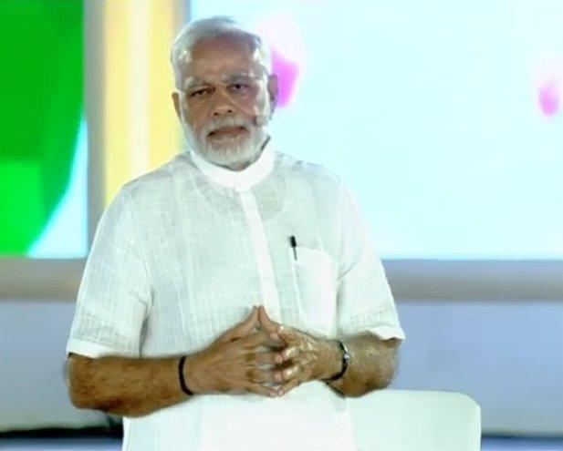 #Khadi for nation and Khadi for #fashion, this must be our guiding principle: PM @narendramodi  #MydayatMyGov
