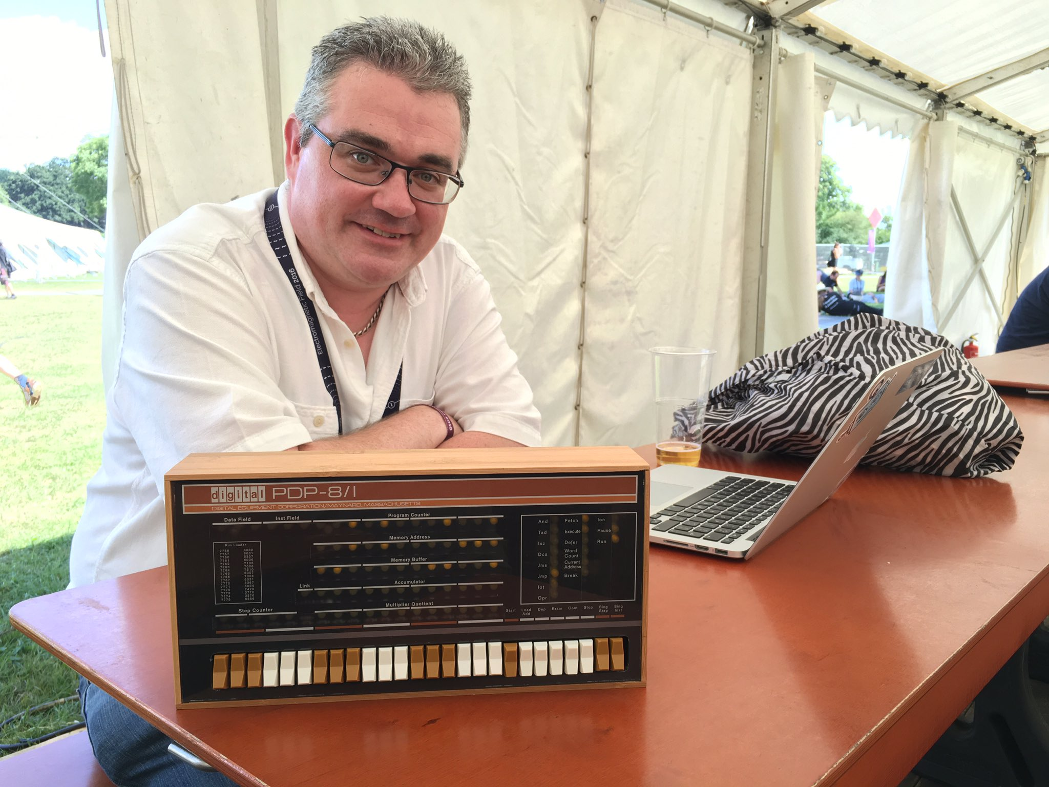 Chatting with @MrPJEvans about his PDP-8/I  A 2/3 version of the worlds first personal computer. #emfcamp https://t.co/XXaWaHgN1Y