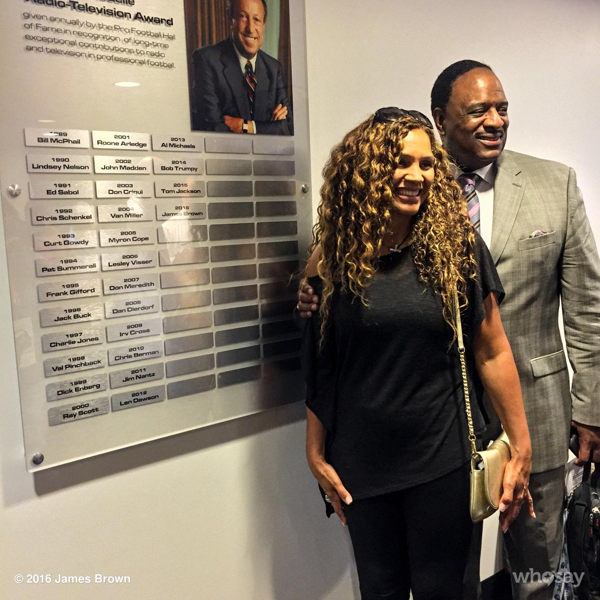 It's a true blessing for my wife and I to see my name on the Pete Rozelle plaque with other  fellow HOF recipients. https://t.co/pFCPON3cNN