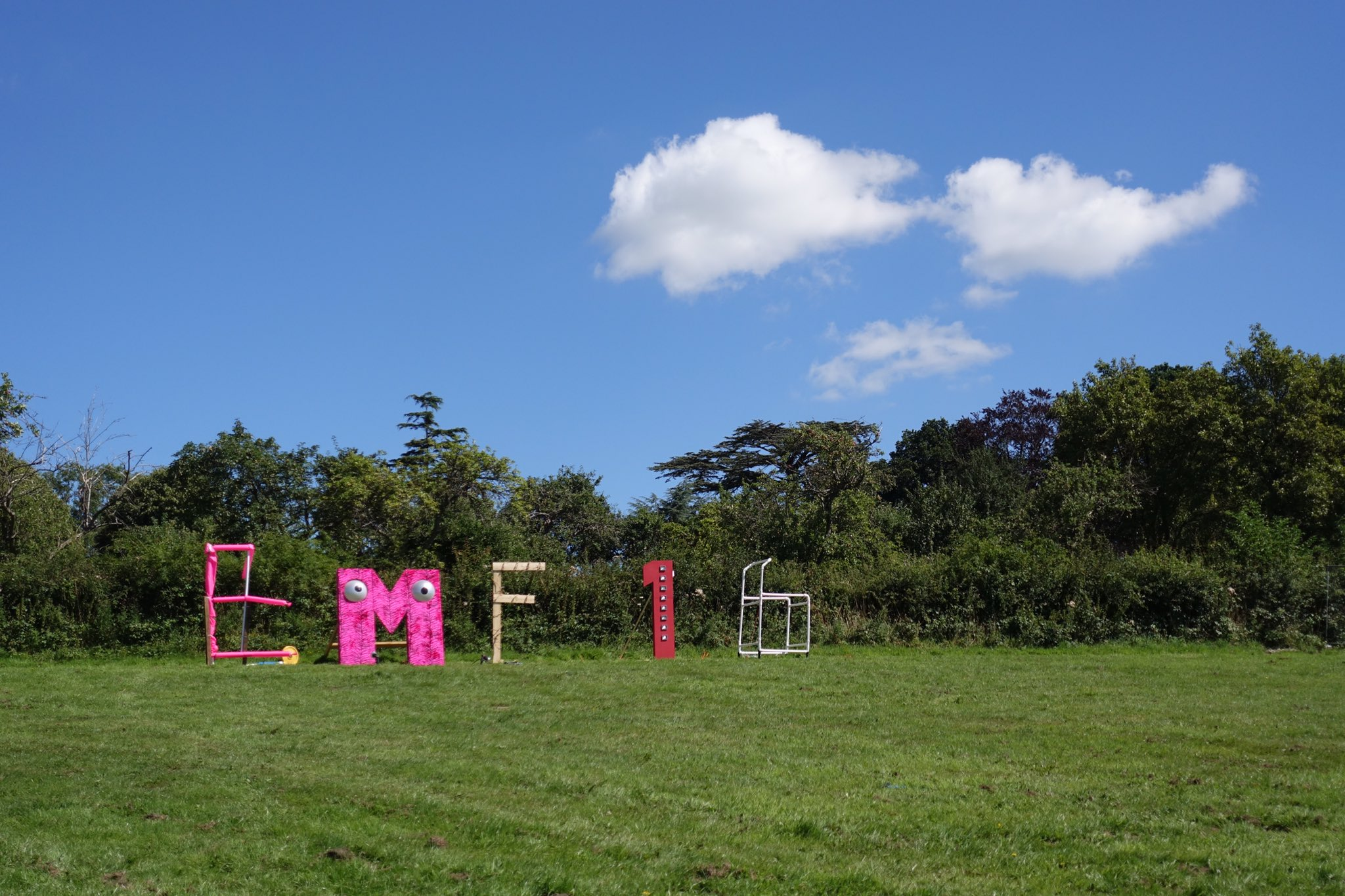A postcard from #emfcamp https://t.co/kkvUXLn24P