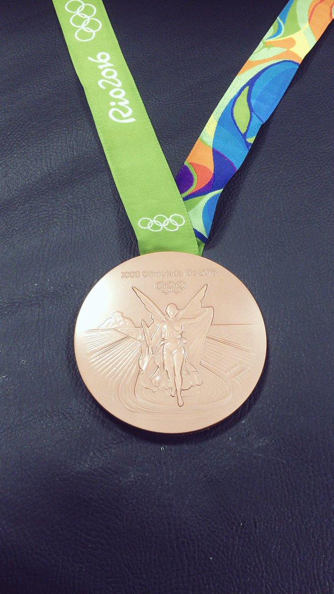 初めてのオリンピック 結果は悔しさが残るものになりました 一瞬だけ銅メダル取れてホッとした そんな自分が情けないです もっともっと努力して強くなります 沢山の応援本当にありがとうございました