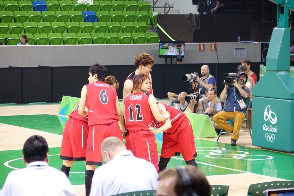 代表:【結果速報】#Rio2016 #basketball 女子予選A・第1戦  ■試合終了 #JPN ○ 77-73 ● #BLR https://t.co/vVmIVodbim  日本は見事勝利! #AkatsukiFive https://t.co/btTP4hYV3z