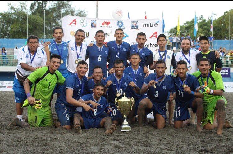 UNCAF 2016: El Salvador 5 Costa Rica 4 - Campeon de centroamerica. CpN5YKEVUAAD0rQ
