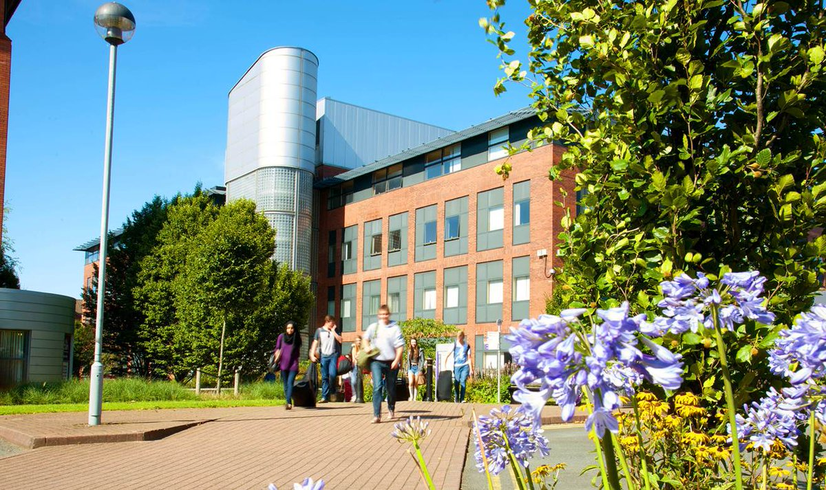 Get a feel for our #Preston Campus with our student-led tours - free every Wednesday! https://t.co/JMLmAH2vjT https://t.co/dbMg603L3P