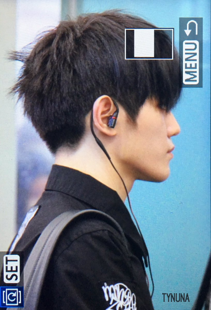 TAEYONG JUST INVENTED BLACK HAIR - Celebrity Photos ...