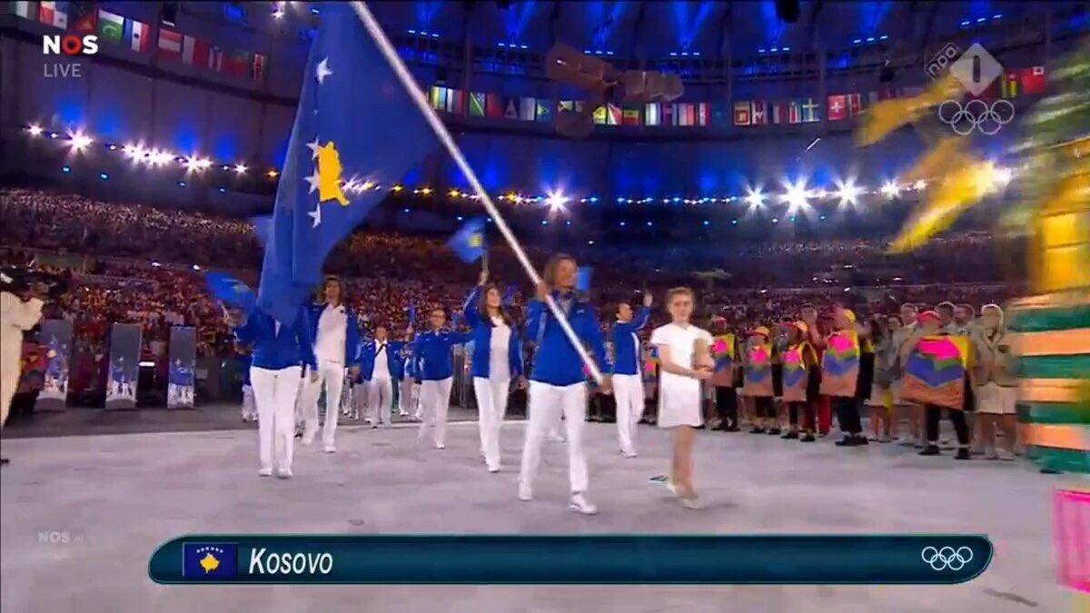 """Rajoy (2013): """"España no va a reconocer a Kosovo porque no cree en las declaraciones unilaterales"""" Ahir, a Rio: https://t.co/LmSwecunC3"""