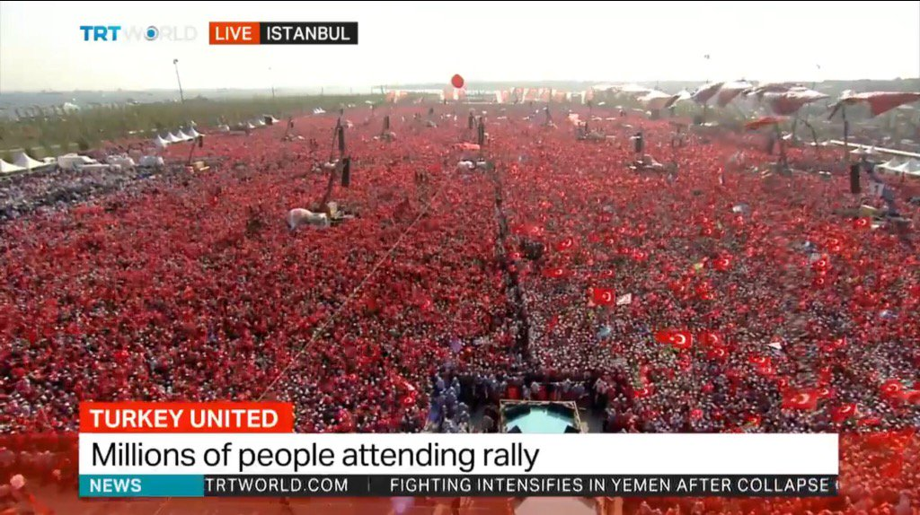 Huge anti-coup and pro-democracy manifestation starting in Istanbul now. https://t.co/joiSsNqlXa