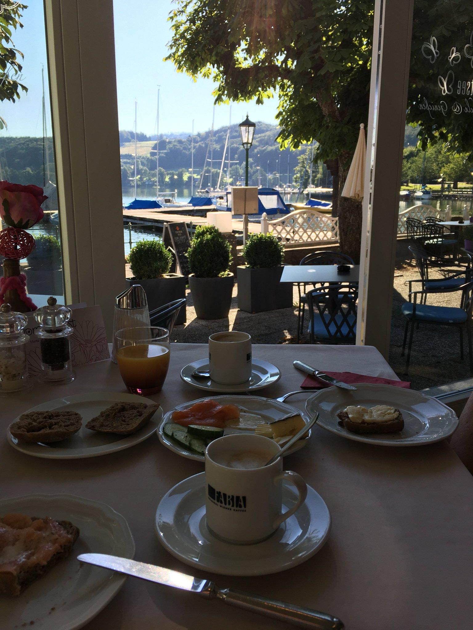Frühstück mit Seeblick #seewirt #Mattsee #meurers https://t.co/vXPCtR3hdV