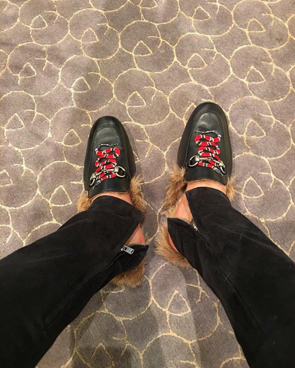 9cee9d2a0 ... https://www.gucci.com/us/en/pr/men/mens-shoes/mens-moccasins-loafers/ princetown-leather-slipper-with-snake-p-429054DLC501063?position=19&listName=  ...
