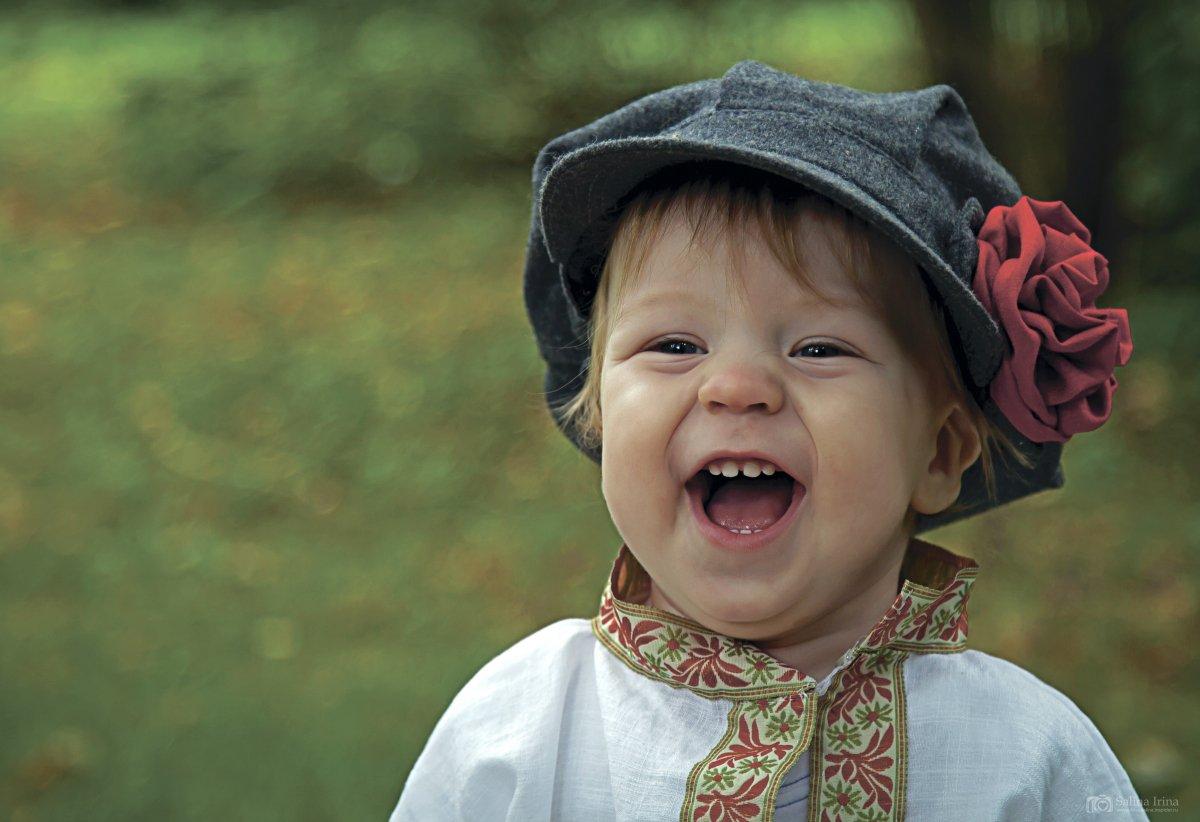 картинки улыбайтесь чаще люди маске перчатках отправился