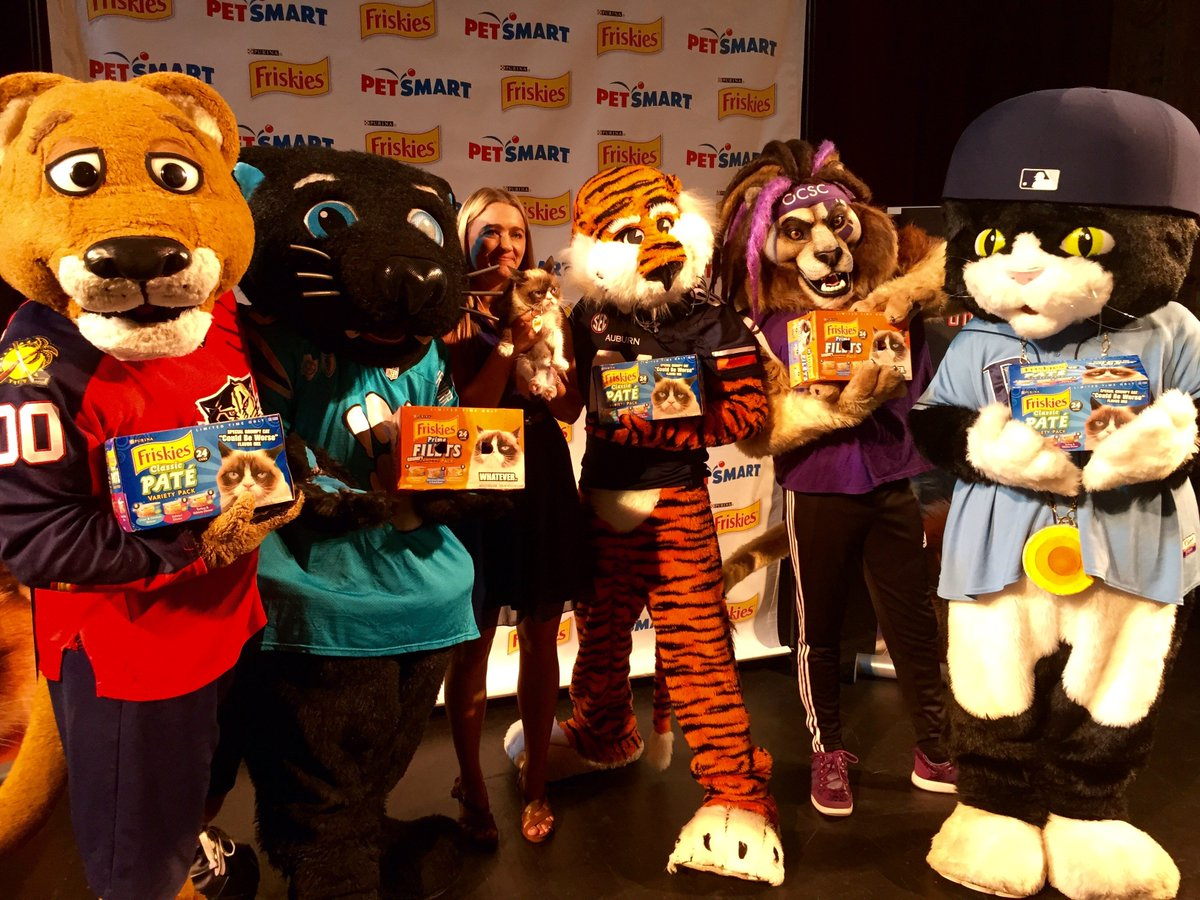 Happy #InternationalCatDay to all my favorite felines @StanleyCPanther @AubietheTiger01 @SirPurr @RealGrumpyCat https://t.co/NNkxc82ySf