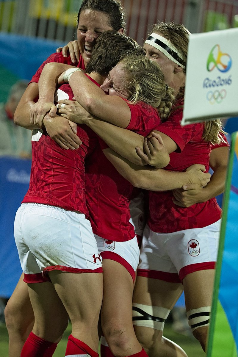 FT: #CAN 33-10 #GBR. Canada win #Bronze in #Rugby7s at #Rio2016! What a moment for the women! https://t.co/cAyWjlIz78