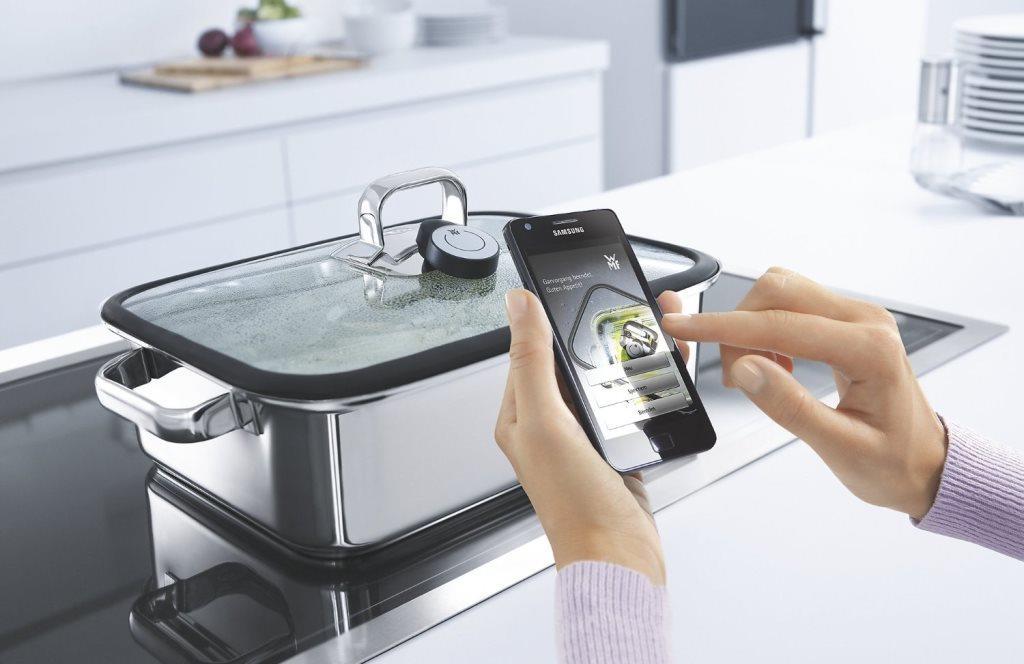 Tendencias del 2019-2022 #cocinasinteligentes ¡Comida mezclada con la tecnología es lo que nos espera! #startuplifepic.twitter.com/iLYUggyOJe