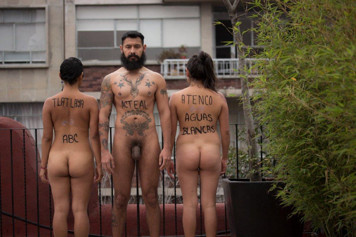 nude japanese girls self pic