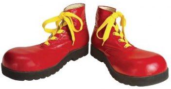 Clown shoes. Bunch of clown shoes https://t.co/ytCbd0u3yk