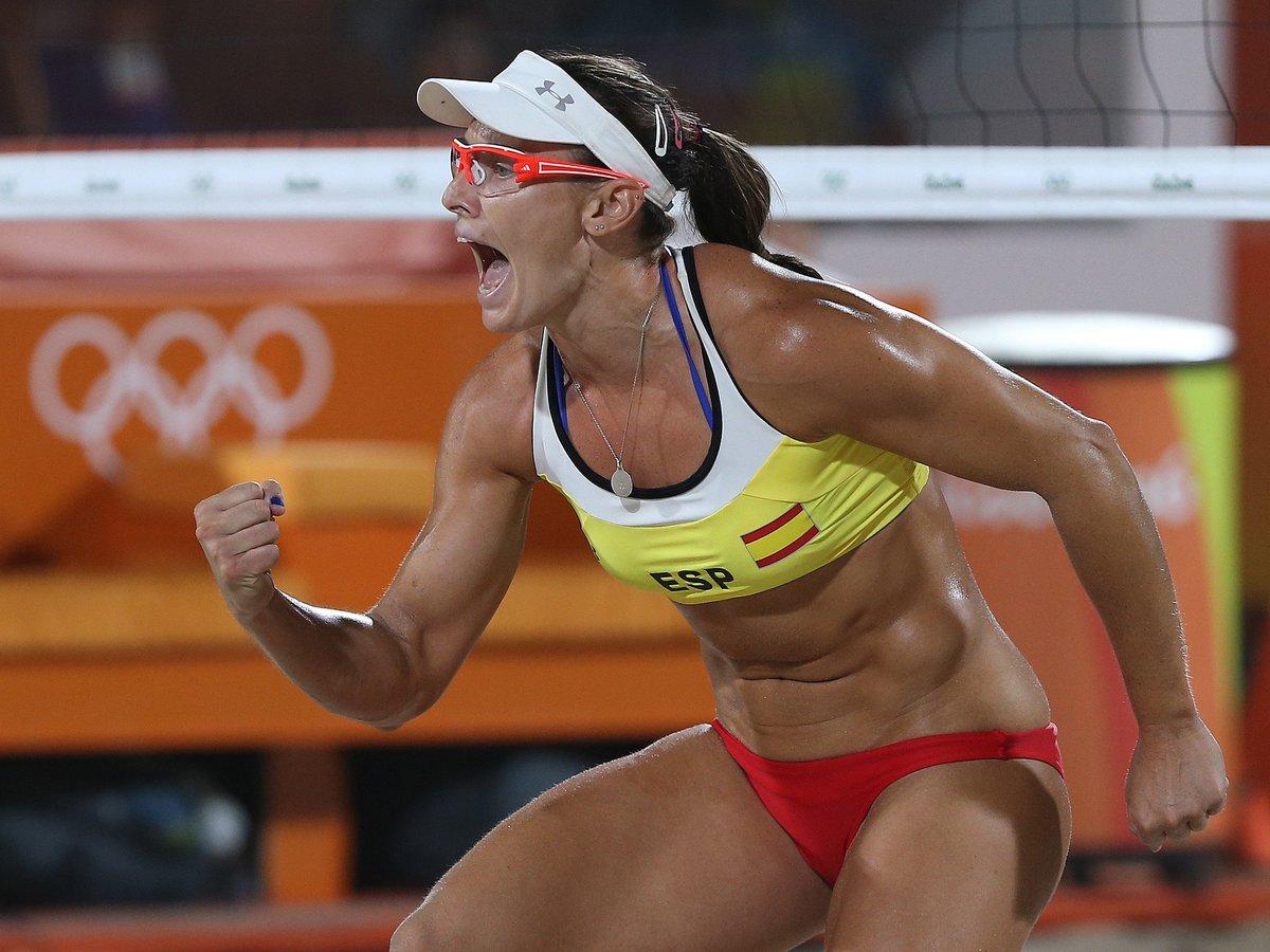 Sensacional triunfo de @VP_Lili_Elsa que las lleva a las eliminatorias de #Rio2016 #TeamESP https://t.co/i27kV6eyIw https://t.co/TCIWiUM0id