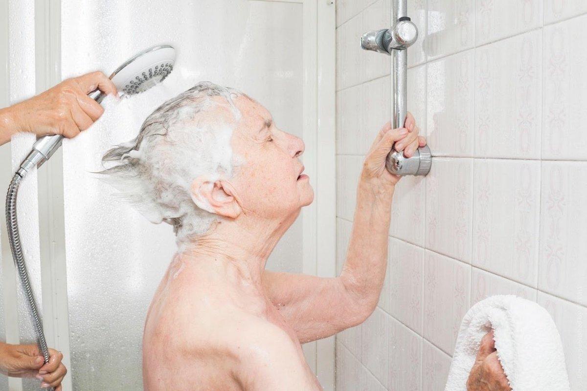 Фото старушек в ванной — img 10