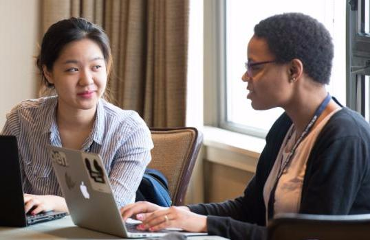 We are looking for CS professionals in tech to mentor #diverse students after #Tapia2016 https://t.co/7Sa4RFfeMM https://t.co/5dmmPp6UwA